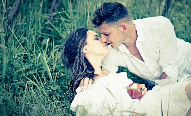 dream kissing snow white