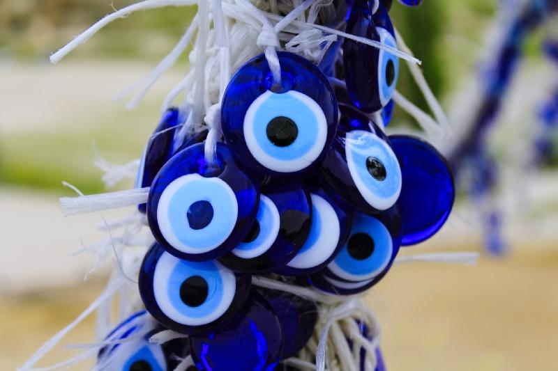 perles de mauvais œil