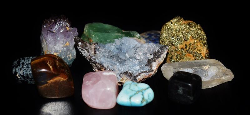 cristaux de guérison assortis