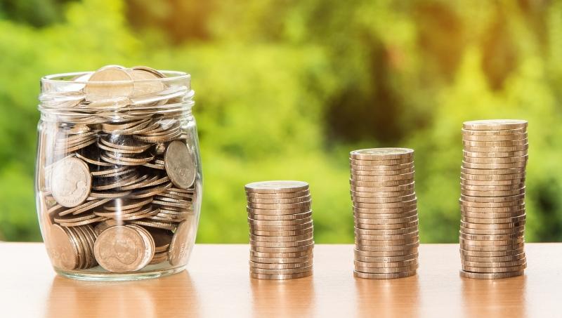 manifeste la richesse de l'argent pot